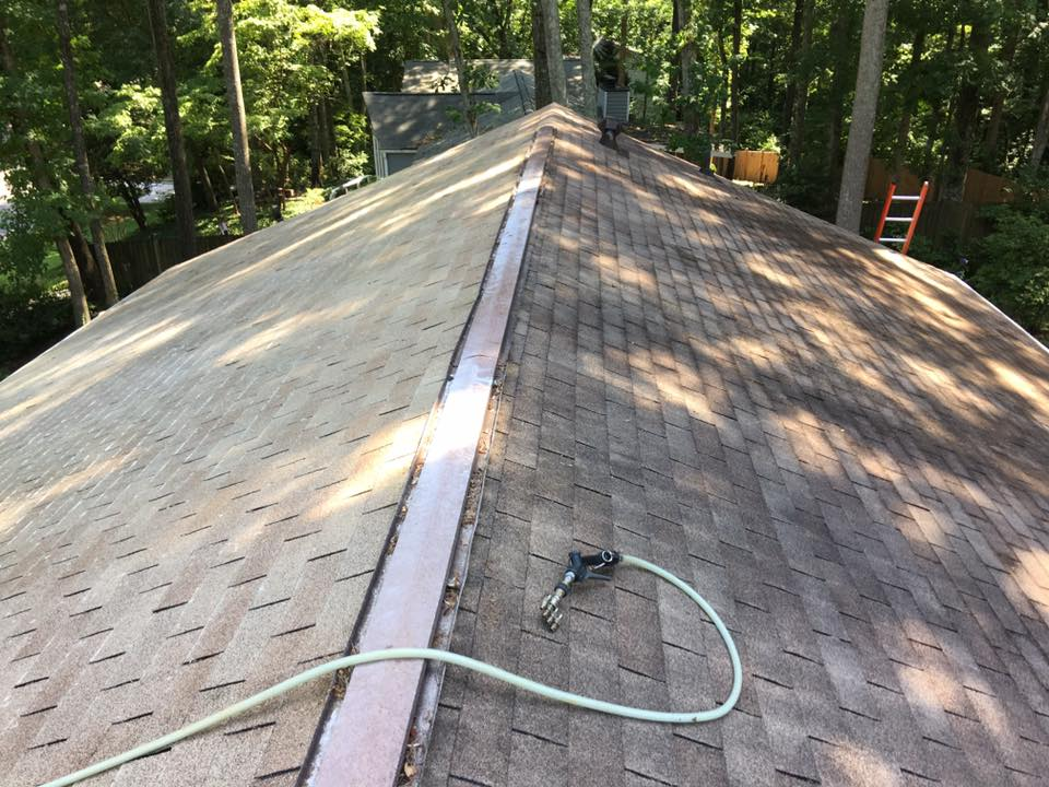 Roof Cleaning Acworth